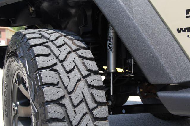 2017 Jeep Wrangler Unlimited Sport Jacksonville , FL 30