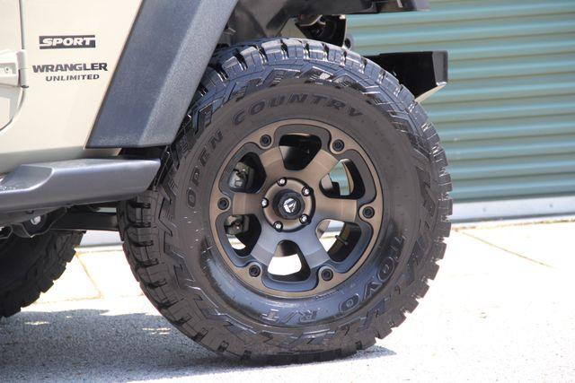 2017 Jeep Wrangler Unlimited Sport Jacksonville , FL 5