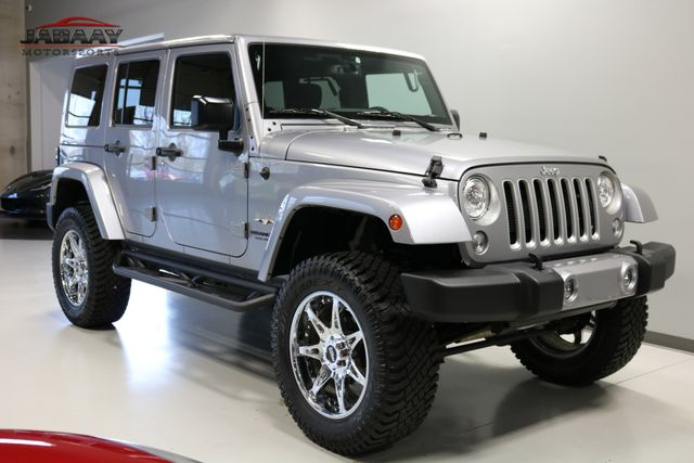 2017 Jeep Wrangler Unlimited Sahara Merrillville, Indiana 6
