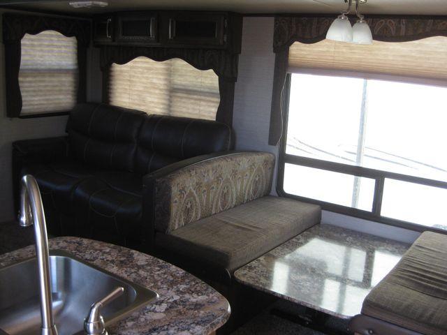 2017 Keystone Cougar X lite 25RES Odessa, Texas 5