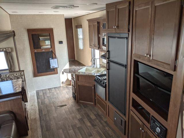 2017 Keystone HIDEOUT 295BHS in Mandan, North Dakota 58554