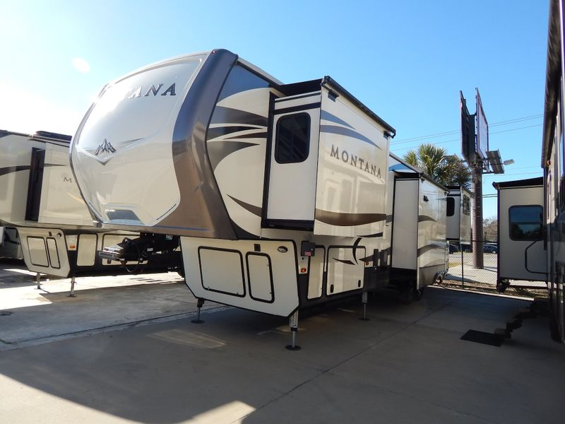 2017 Keystone Montana 3791RD  in Charleston, SC