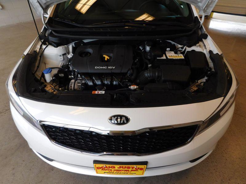2017 Kia Forte LX  city TN  Doug Justus Auto Center Inc  in Airport Motor Mile ( Metro Knoxville ), TN