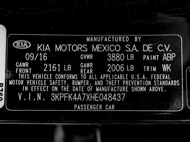 2017 Kia Forte LX Burbank, CA 23