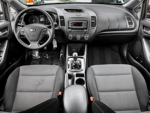 2017 Kia Forte LX Burbank, CA 8