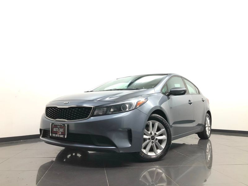 2017 Kia Forte *Easy In-House Payments* | The Auto Cave in Dallas