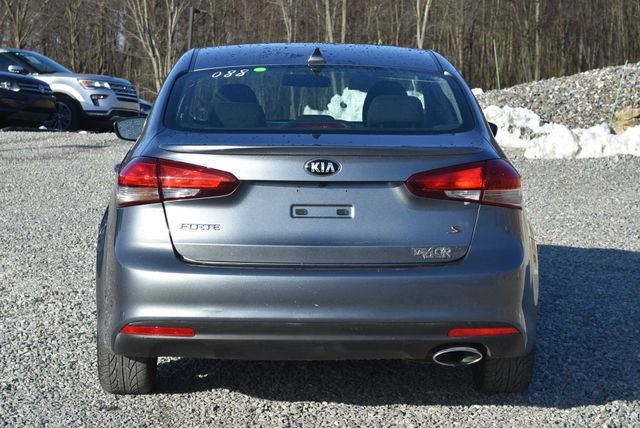 2017 Kia Forte S Naugatuck, Connecticut 3
