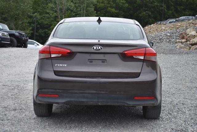 2017 Kia Forte LX Naugatuck, Connecticut 3