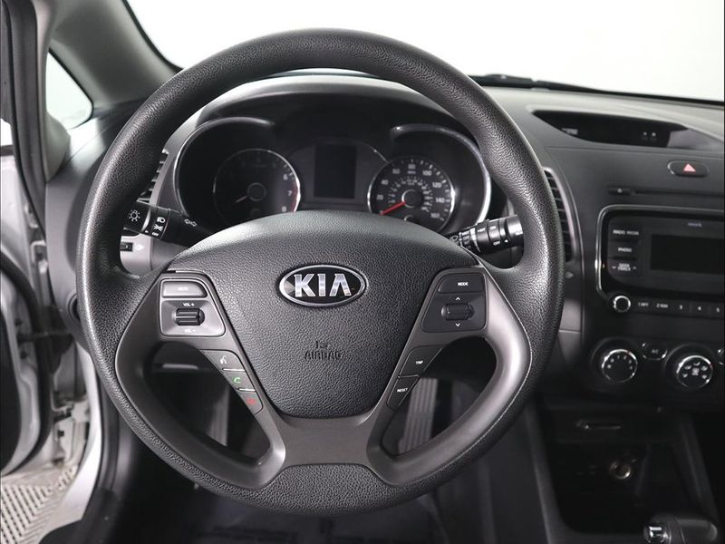 2017 Kia Forte5 LX  city Ohio  North Coast Auto Mall of Cleveland  in Cleveland, Ohio