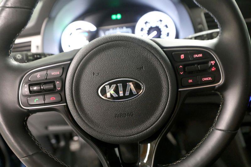 2017 Kia Niro Touring - Nav - Leather - Warranty   city California  MDK International  in Los Angeles, California