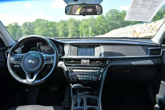 2017 Kia Optima Hybrid Base Naugatuck, Connecticut 18
