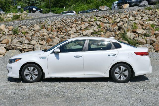 2017 Kia Optima Hybrid Base Naugatuck, Connecticut 3