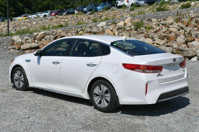 2017 Kia Optima Hybrid Base Naugatuck, Connecticut 4