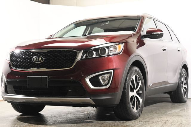 2017 Kia Sorento EX w/ Leather / Nav/ Heated Seats