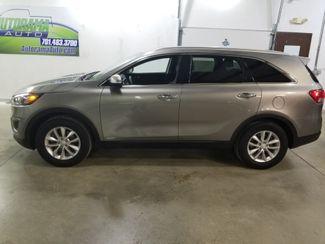 2017 Kia Sorento LX  All Wheel Drive  Awd  Dickinson ND  AutoRama Auto Sales  in Dickinson, ND