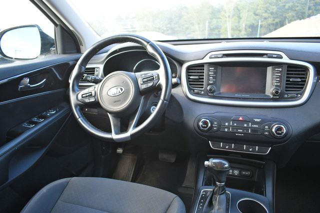 2017 Kia Sorento LX V6 Naugatuck, Connecticut 13