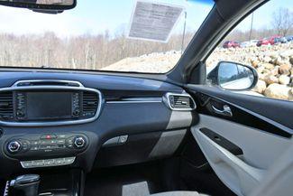 2017 Kia Sorento SXL V6 AWD Naugatuck, Connecticut 12