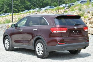 2017 Kia Sorento LX V6 AWD Naugatuck, Connecticut 4