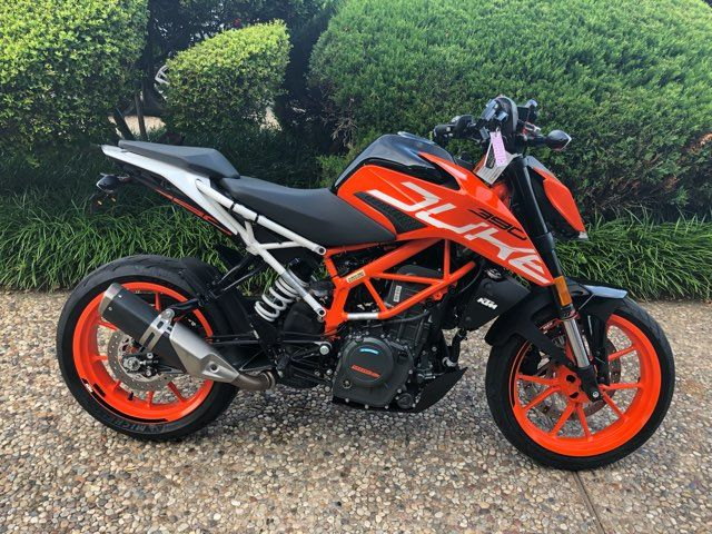 2017 Ktm Duke 390 in McKinney, TX 75070