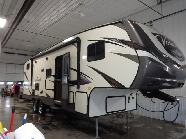 2017 Crossroads Volante 270BH Mandan, North Dakota 0
