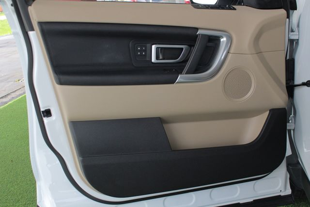 2017 Land Rover Discovery Sport HSE 4WD - NAV - PANO ROOF - BLIND SPOT! Mooresville , NC 70