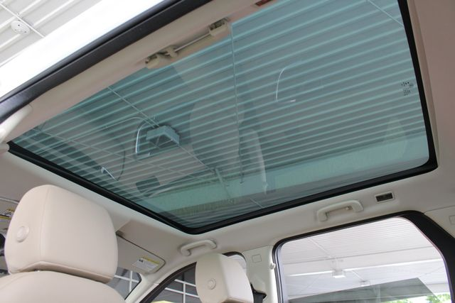 2017 Land Rover Discovery Sport HSE 4WD - NAV - PANO ROOF - BLIND SPOT! Mooresville , NC 34