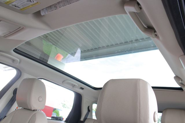2017 Land Rover Discovery Sport HSE 4WD - NAV - PANO ROOF - BLIND SPOT! Mooresville , NC 5