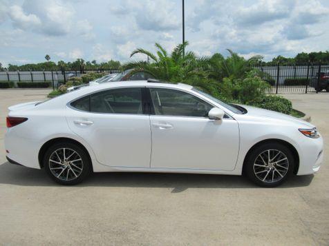 2017 Lexus ES 350  | Houston, TX | American Auto Centers in Houston, TX