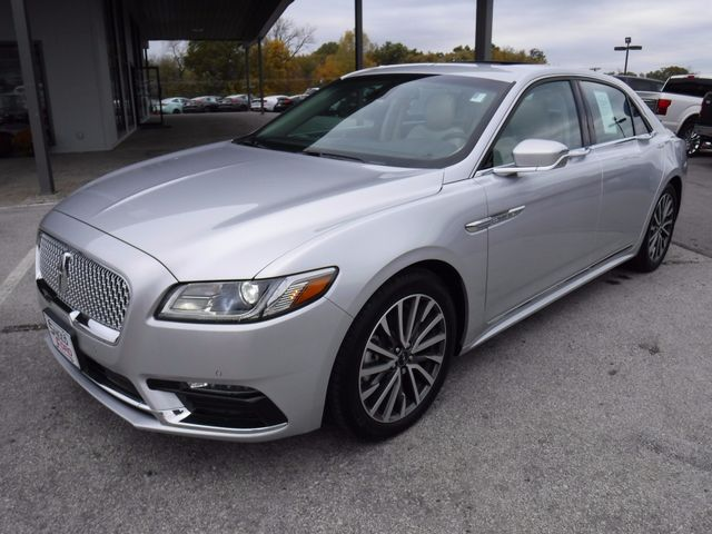 2017 Lincoln Continental Select in Gower Missouri, 64454