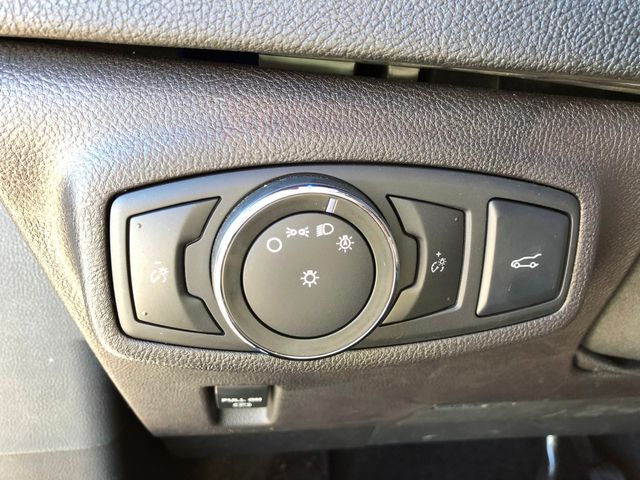 2017 Lincoln MKC Select AWD 2.0L I4 in Gower Missouri, 64454