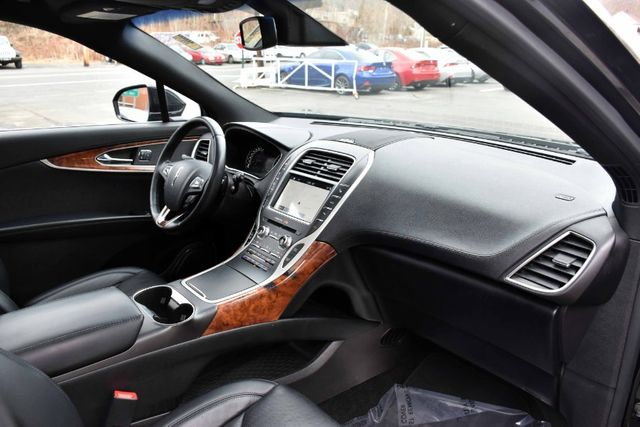2017 Lincoln MKX Reserve Waterbury, Connecticut 22