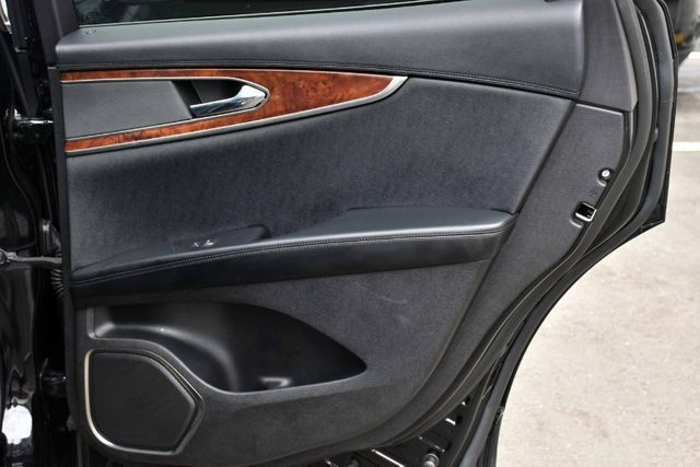 2017 Lincoln MKX Reserve Waterbury, Connecticut 25