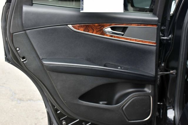 2017 Lincoln MKX Reserve Waterbury, Connecticut 26