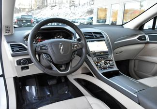 2017 Lincoln MKZ Reserve Waterbury, Connecticut 17