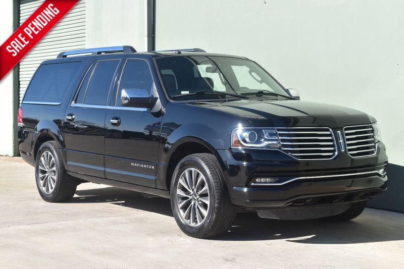 2017 Lincoln Navigator L Select   Arlington, TX   Lone Star Auto Brokers, LLC