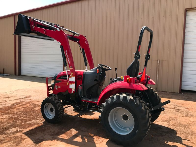 2017 Mahindra 1533 SHUTTLE WINDTIRES   city TX  North Texas Equipment  in Fort Worth, TX