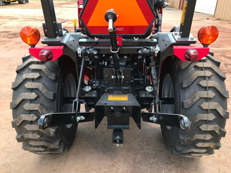 2017 Mahindra MAX 26 WIND TIRES   city TX  North Texas Equipment  in Fort Worth, TX