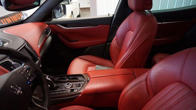 2017 Maserati Levante Bridgeville, Pennsylvania 7