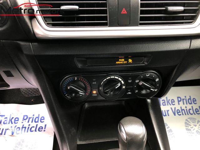 2017 Mazda Mazda3 4-Door Sport Knoxville , Tennessee 19