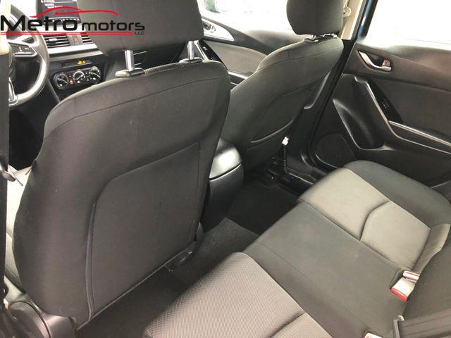 2017 Mazda Mazda3 4-Door Sport Knoxville , Tennessee 31