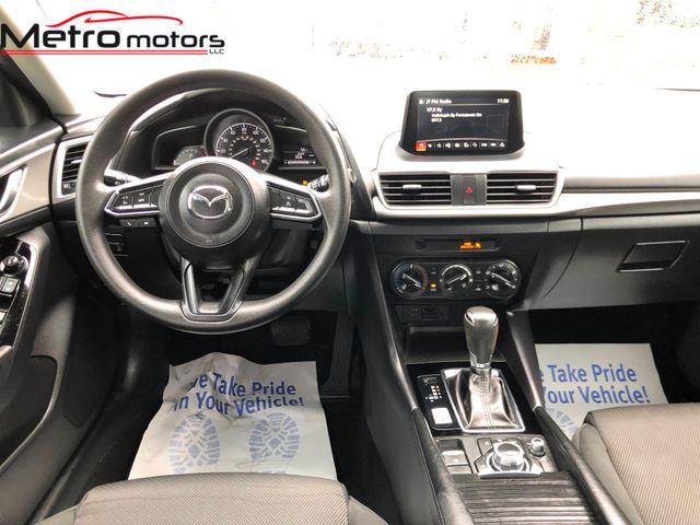 2017 Mazda Mazda3 4-Door Sport Knoxville , Tennessee 34