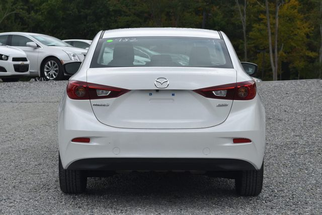 2017 Mazda Mazda3 4-Door Sport Naugatuck, Connecticut 3