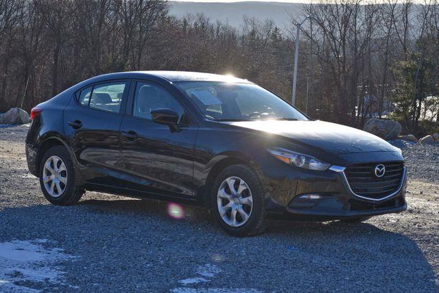 2017 Mazda Mazda3 4-Door Sport Naugatuck, Connecticut 6