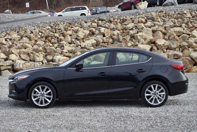 2017 Mazda Mazda3 4-Door Touring Naugatuck, Connecticut 1