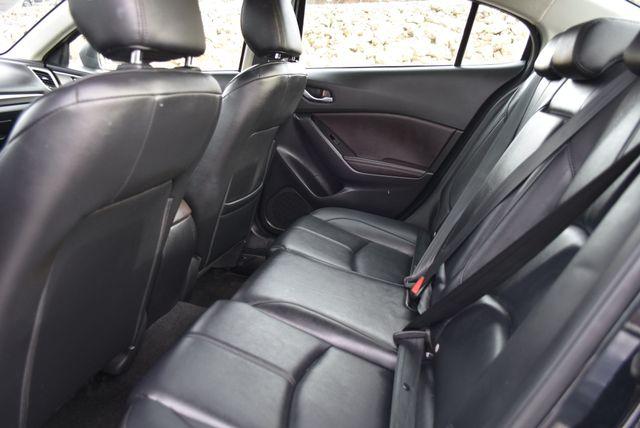 2017 Mazda Mazda3 4-Door Touring Naugatuck, Connecticut 14