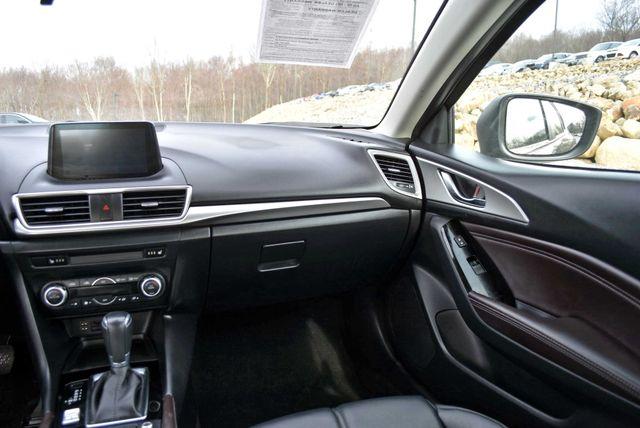 2017 Mazda Mazda3 4-Door Touring Naugatuck, Connecticut 18
