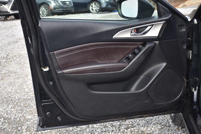 2017 Mazda Mazda3 4-Door Touring Naugatuck, Connecticut 19