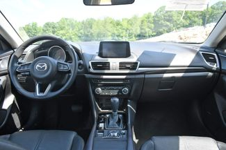 2017 Mazda Mazda3 4-Door Grand Touring Naugatuck, Connecticut 16