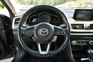 2017 Mazda Mazda3 4-Door Touring Naugatuck, Connecticut 22