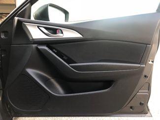 2017 Mazda Mazda3 5-Door Sport LINDON, UT 17